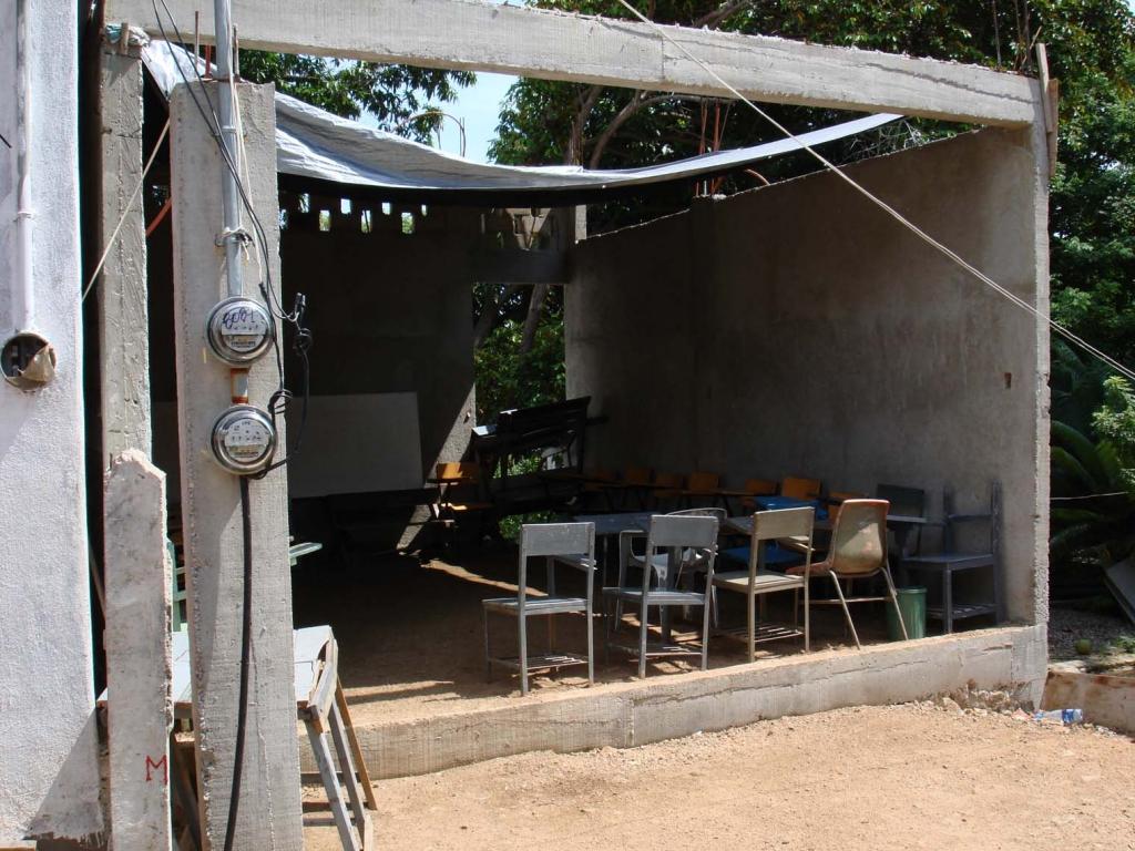 Escuela barrio de chabolas Acapulco (México)